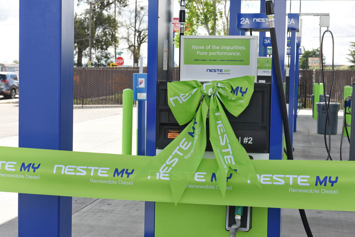 Building a green fueling network across North America